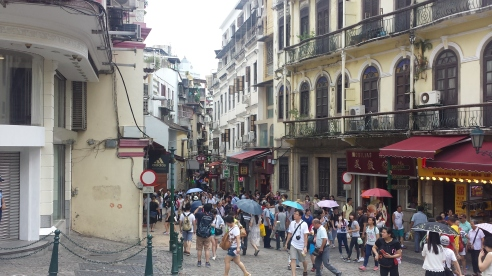 Shopping streets off the plaza at the ruins of St Pauls