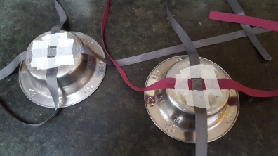 Step 2 - gluing the ribbon to the bowls