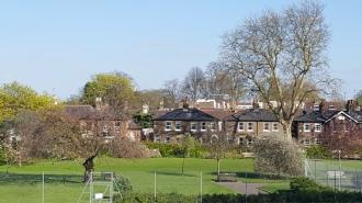 Park at Kew Bridge and housing