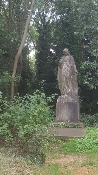 Angel Statue in West Cem